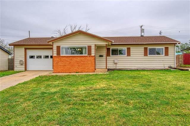 201 Hoover Circle, Elk City, OK 73644 (MLS #954998) :: Keller Williams Realty Elite