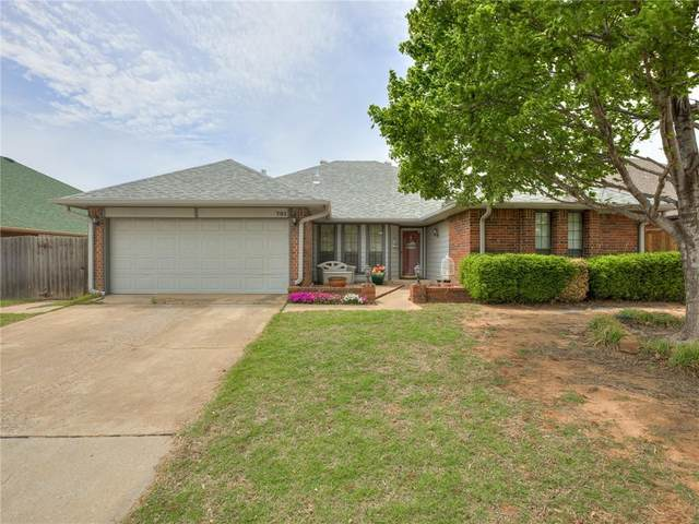 701 Greenfield Drive, Yukon, OK 73099 (MLS #955206) :: Homestead & Co