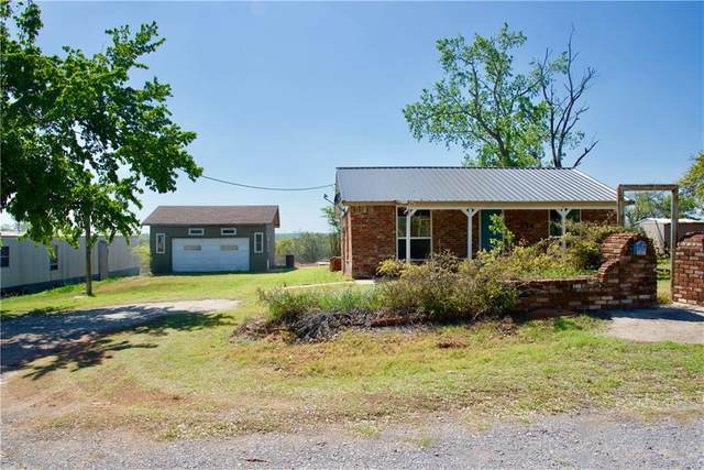 316 Price Road, Fort Cobb, OK 73038 (MLS #955886) :: Keller Williams Realty Elite