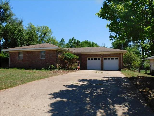 1417 E Maple Avenue, Stillwater, OK 74074 (MLS #955922) :: KG Realty