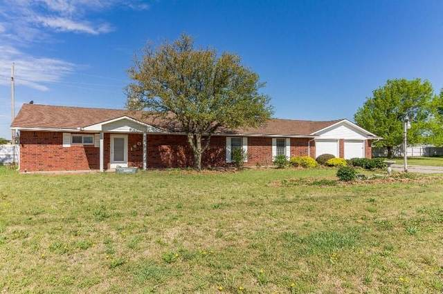 1605 Lewis Road, Weatherford, OK 73096 (MLS #956191) :: The UB Home Team at Whittington Realty