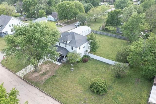 325 S 7th Street, Okemah, OK 74859 (MLS #956268) :: Maven Real Estate