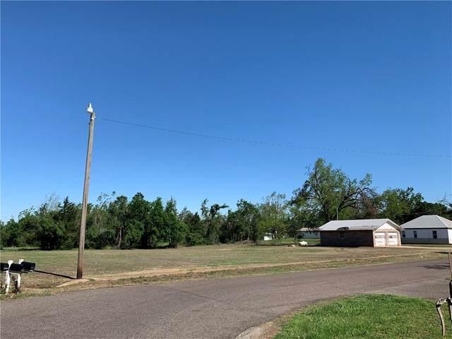 520 S Lewis Lane, Mustang, OK 73064 (MLS #956303) :: Maven Real Estate
