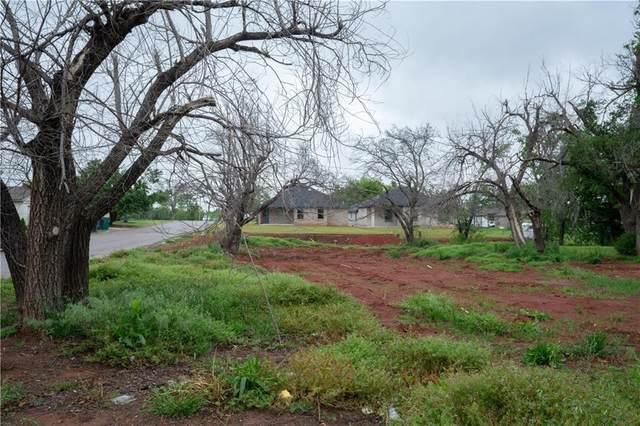 9600 N Shartel Avenue, Oklahoma City, OK 73114 (MLS #956388) :: Homestead & Co