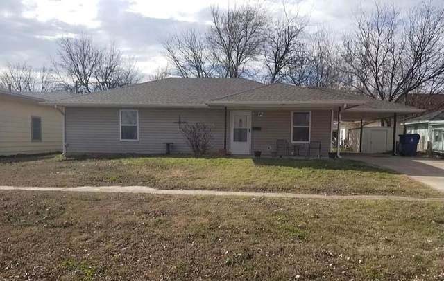 304 SW 3rd Street, Lindsay, OK 73052 (MLS #956698) :: Keller Williams Realty Elite