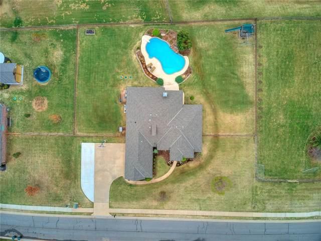 1700 Crossfield Drive, Edmond, OK 73025 (MLS #956711) :: Keller Williams Realty Elite