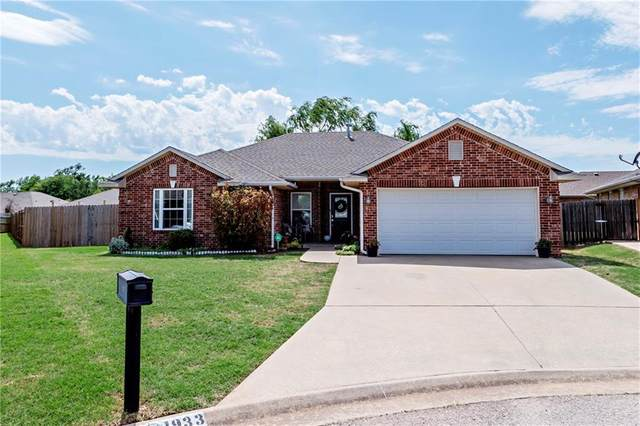 1933 Aspen Place, Shawnee, OK 74804 (MLS #956740) :: The UB Home Team at Whittington Realty