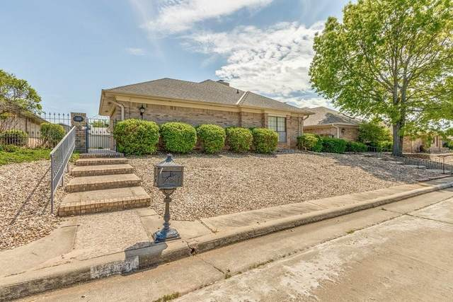 1133 Quail Hollow Road, Shawnee, OK 74804 (MLS #956868) :: Erhardt Group at Keller Williams Mulinix OKC
