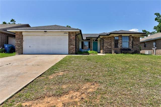 1309 Grand Manor, Midwest City, OK 73130 (MLS #956950) :: The UB Home Team at Whittington Realty