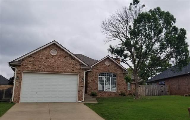 2621 Shady Tree Lane, Edmond, OK 73013 (MLS #956989) :: Homestead & Co