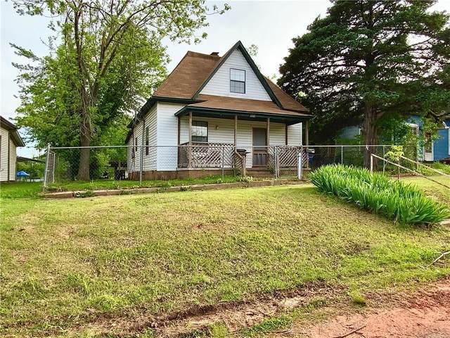 1317 W Logan Avenue, Guthrie, OK 73044 (MLS #957001) :: Maven Real Estate