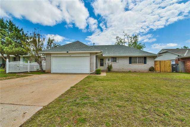 118 Brookside Drive, Moore, OK 73160 (MLS #957038) :: Homestead & Co
