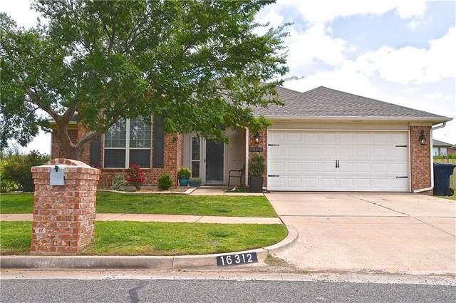16312 Okalee Lane, Edmond, OK 73044 (MLS #957064) :: Homestead & Co