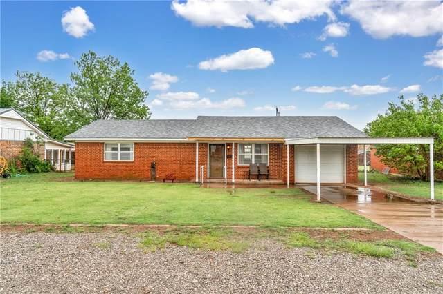 620 E Benton Avenue, Sayre, OK 73662 (MLS #957455) :: Homestead & Co