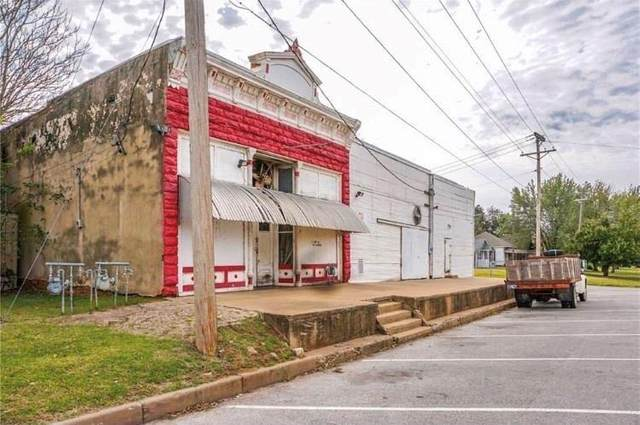 130 S Canadain Street, Purcell, OK 73080 (MLS #957655) :: Erhardt Group at Keller Williams Mulinix OKC