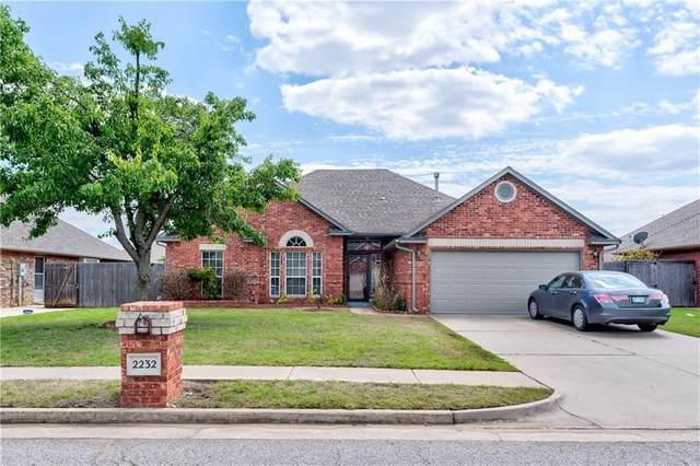 2232 SW 94th Terrace, Oklahoma City, OK 73159 (MLS #957854) :: Homestead & Co