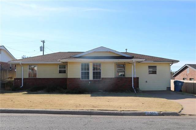 117 Elaine, Cordell, OK 73632 (MLS #957923) :: ClearPoint Realty