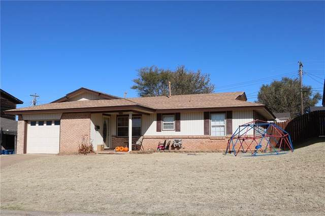113 Florence, Cordell, OK 73632 (MLS #957927) :: ClearPoint Realty