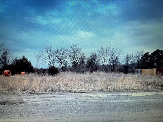350 Spring Creek Street, Pryor, OK 74361 (MLS #958025) :: Homestead & Co
