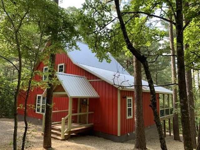101 Mountain Pine Trail, Broken Bow, OK 74728 (MLS #958102) :: Homestead & Co