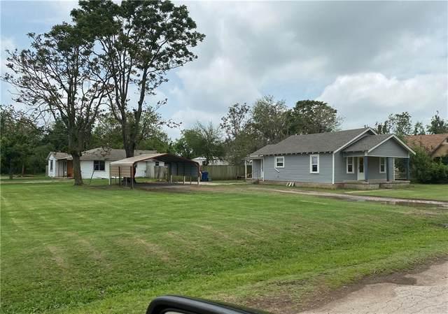 703 SW Choctaw Street, Minco, OK 73059 (MLS #958126) :: The UB Home Team at Whittington Realty