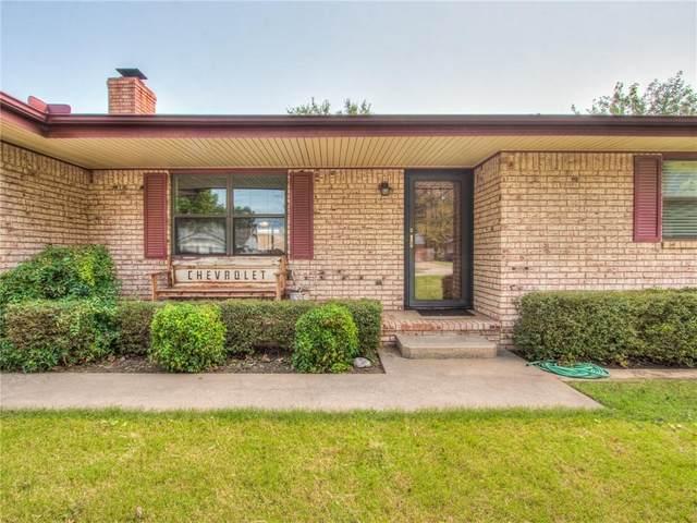 1307 S 10th Street, Kingfisher, OK 73750 (MLS #958177) :: The UB Home Team at Whittington Realty