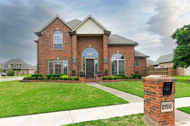 2700 SW 136th Street, Oklahoma City, OK 73170 (MLS #958273) :: The UB Home Team at Whittington Realty