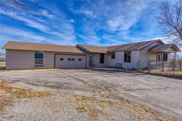 1 1970 Rd, Elk City, OK 73644 (MLS #958441) :: Homestead & Co
