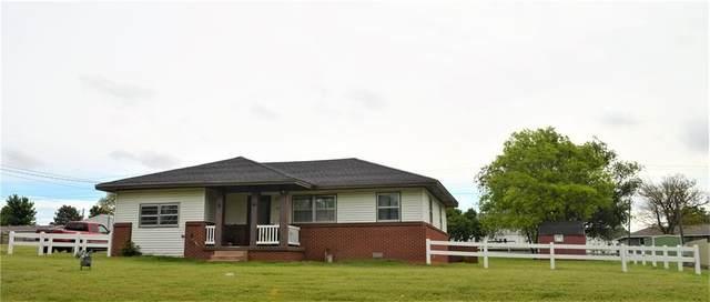 525 N Cook Street, Cordell, OK 73632 (MLS #958507) :: Homestead & Co
