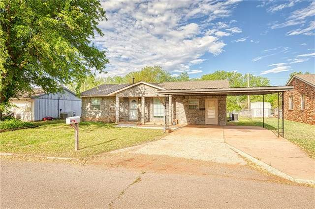 324 Hoover Circle, Elk City, OK 73644 (MLS #958557) :: Keller Williams Realty Elite