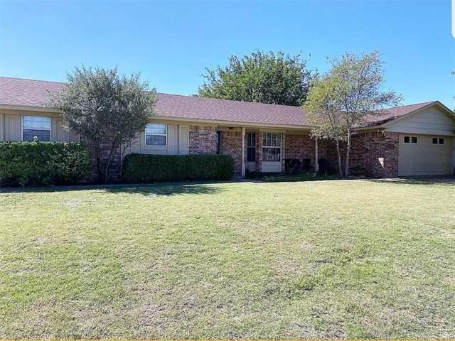 908 Ranch Rd N, Altus, OK 73521 (MLS #958993) :: Homestead & Co