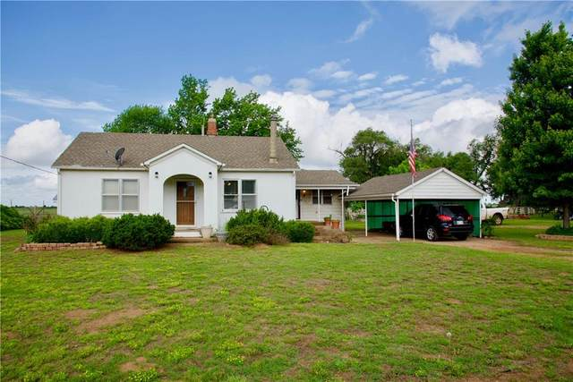 243390 Main Street, Fay, OK 73646 (MLS #959199) :: Homestead & Co