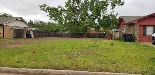 2408 Kings Road, Moore, OK 73160 (MLS #959415) :: Maven Real Estate