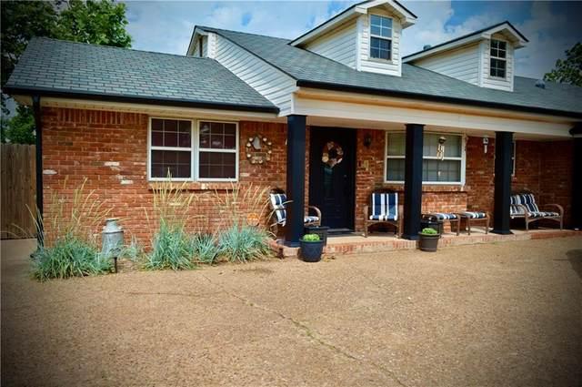 1308 S 10th Street, Kingfisher, OK 73750 (MLS #959947) :: KG Realty