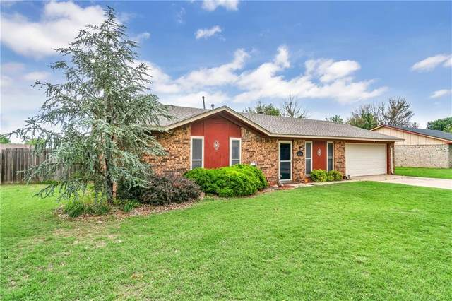 2014 W 7th Place, Elk City, OK 73644 (MLS #960029) :: Sold by Shanna- 525 Realty Group