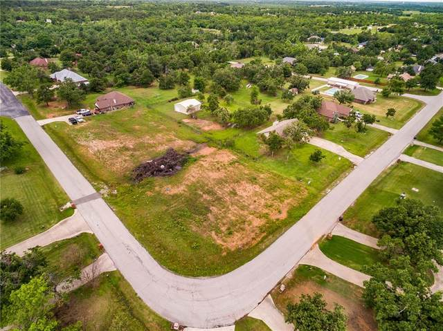 19325 Cardinal Creek Drive, Harrah, OK 73045 (MLS #960658) :: Homestead & Co