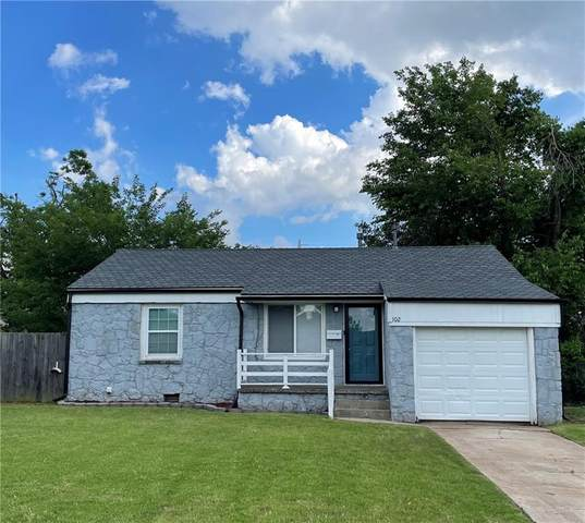 102 W Marshall Drive, Midwest City, OK 73110 (MLS #960832) :: Homestead & Co