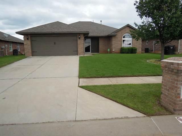 4228 Red Apple Terrace, Moore, OK 73160 (MLS #961139) :: Maven Real Estate