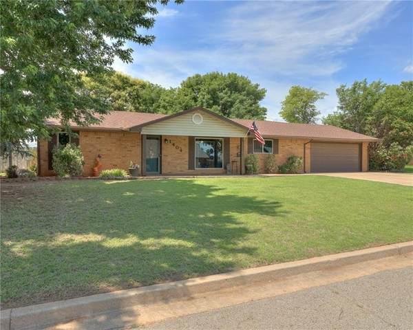 1404 Partridge Lane, Cordell, OK 73632 (MLS #961143) :: Homestead & Co