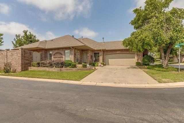 1900 NW 159th Place, Edmond, OK 73013 (MLS #961404) :: Homestead & Co