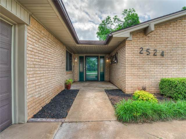 2524 NW 119th Street, Oklahoma City, OK 73120 (MLS #961468) :: Homestead & Co