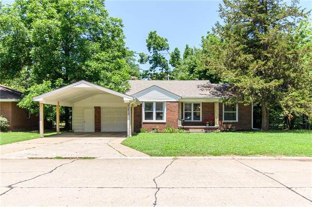 1213 W Brooks Street, Norman, OK 73069 (MLS #962409) :: The UB Home Team at Whittington Realty