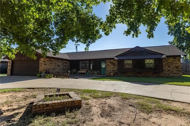1300 N Terrace Drive, Weatherford, OK 73096 (MLS #962564) :: Keller Williams Realty Elite