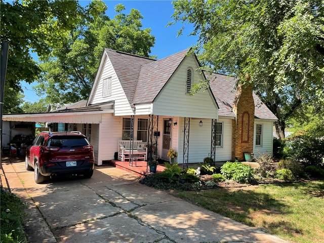 501 E 11th Street, Chandler, OK 74834 (MLS #962613) :: The UB Home Team at Whittington Realty