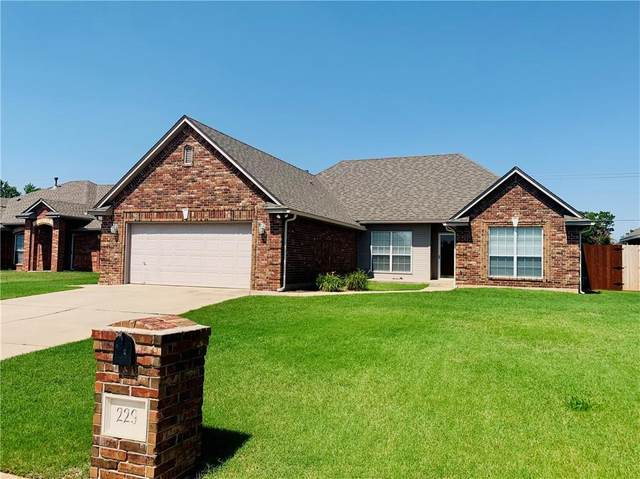 229 Brack Place, Midwest City, OK 73130 (MLS #962803) :: The UB Home Team at Whittington Realty