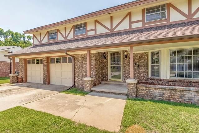 8037 NW 114th Street, Oklahoma City, OK 73162 (MLS #962822) :: The UB Home Team at Whittington Realty