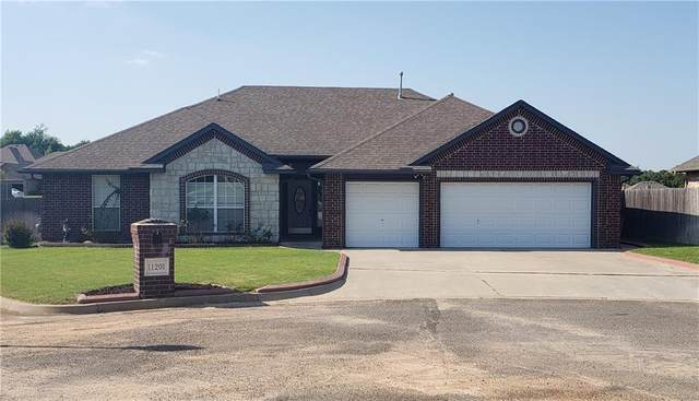 11201 Tony Ceasar Lane, Midwest City, OK 73130 (MLS #962881) :: The UB Home Team at Whittington Realty