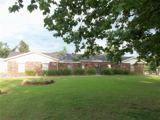 27 Willowbrook, Shawnee, OK 74804 (MLS #963241) :: Homestead & Co