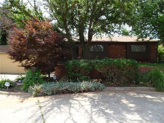 6300 Overcourt Manor, Oklahoma City, OK 73132 (MLS #963411) :: KG Realty