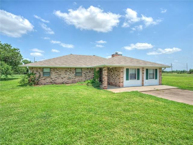 5457 NW Pioneer Circle, Norman, OK 73072 (MLS #963807) :: The UB Home Team at Whittington Realty
